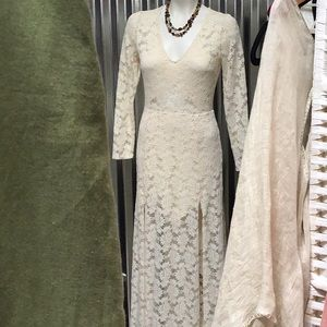 Fab cream maxi dress with lined slip in all